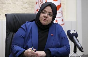 Bakan Selçuk'tan sağlık çalışanları ile ilgili açıklamalar