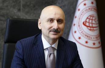 Bakan Karaismailoğlu'ndan hızlı tren açıklaması