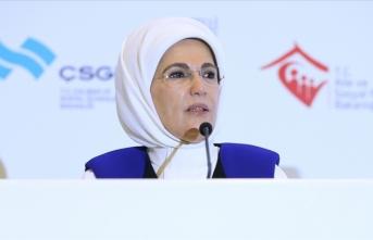 Emine Erdoğan'dan Dünya İnsan Hakları Günü mesajı