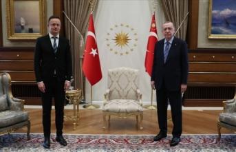 Erdoğan, Macar Bakan Szıjjarto'yu kabul etti