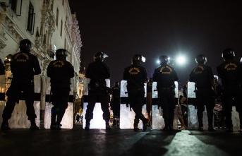 Eylemciler polisle çatıştı: 3 ölü, 24 yaralı