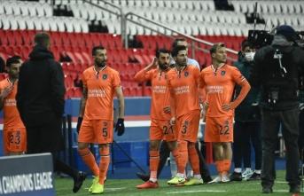 Flaş gelişme! PSG-Başakşehir maçında 4. hakemden ırkçılık! Maç yarıda kaldı!