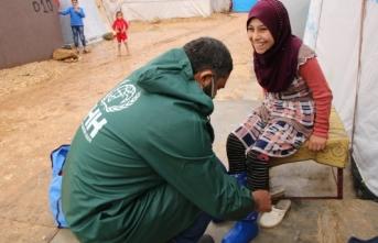 İHH'den Afrin'de 560 yetime kışlık kıyafet desteği