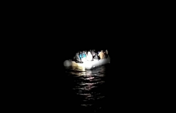 İzmir'de Türk kara sularına geri itilen 53 sığınmacı kurtarıldı