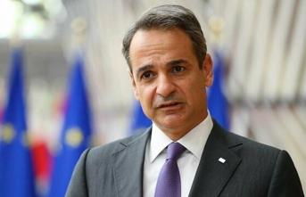 Miçotakis'e sert tepki: Bizi diplomatik yenilgiye uğrattın