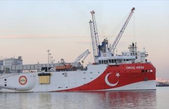 Oruç Reis gemisi Doğu Akdeniz'e doğru yol aldı