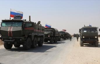 Rusya Kamışlı'ya asker yığıyor