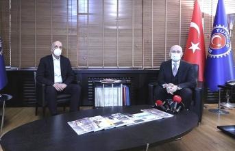 Bakan Karaismailoğlu, Türk-İş Genel Başkanı Atalay ile görüştü