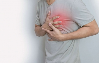 Covid-19'un etki ettiği kalp damar problemlerine dikkat
