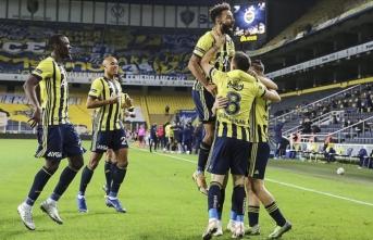Fenerbahçe Alanyaspor'u puansız gönderdi