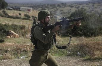 İsrail askerlerinin Filistinli genci şehit etmesine kınama