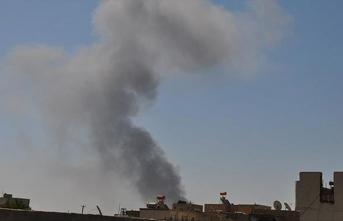 Şebbiha üyesi el bombası attı: 1 ölü, 25 yaralı