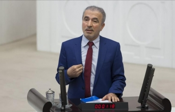 Bostancı: CHP topu taca atan bir siyasi tutum benimsiyor