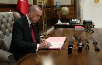 Cumhurbaşkanı imzaladı, kararlar yayımlandı