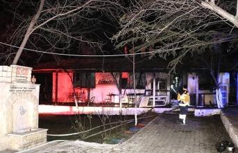 Denizli'de yangın çıktı: Ölenler var