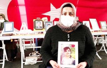 Evlat nöbetindeki anne: Kızımı HDP ve PKK'dan istiyorum