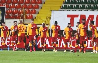 Galatasaray'da yıldız oyunculara veda
