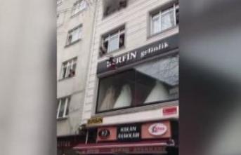 İstanbul'da feci yangın: 4 çocuk 3'üncü kattan aşağı atıldı
