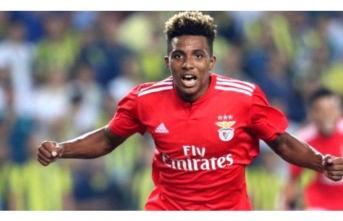 Portekizli yıldızı Galatasaray'a imzayı attı