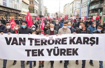 Van'da Gara şehitleri için yürüyüş düzenlendi