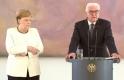 Merkel ikinci kez titredi!