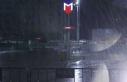 İstanbul'da sağanak yağış şiddetini arttırıyor