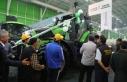 Fuarın en büyük traktörü rekor fiyata satıldı!