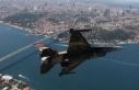 İstanbul üzerinde uçan darbeci pilotun cezası...
