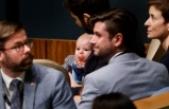 Yeni Zelanda Başbakanı Barış Zirvesi'ne bebeğiyle katıldı