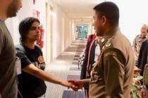Tayland'da alıkonulan Suudi kız için karar belli oldu