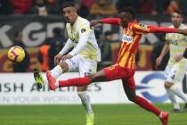 Fenerbahçe son dakikalarda yıkıldı