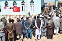Tika'dan Afganistan'da sel mağduru 500 aileye destek