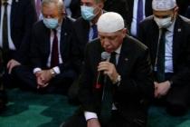 Cumhurbaşkanı Erdoğan, Ayasofya Camiii'nde Kur'an-ı Kerim okudu