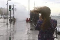 Uyarılar peş peşe geldi: Lodos, sağanak, fırtına...