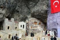 Sümela Manastırı'nda 7'nci ayin tamamlandı