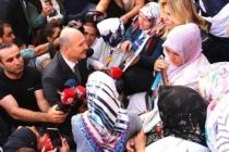 Bakan Soylu'dan 'Diyarbakır Anneleri' paylaşımı