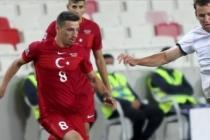 Fenerbahçeli oyuncu aday kadrodan çıkarıldı