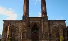 586 yıllık medrese kiraya çıkarıldı