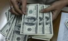 Dolar/TL faiz kararı sonrası dalgalanıyor