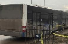 Cezaevi önündeki gazi ve avukatlara otobüs çarptı
