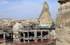 Peribacalarının yakınındaki yapılar bugün yıkılıyor