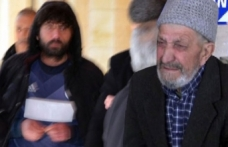 Tespih satan yaşlı adama tekme tokat saldırdı