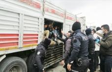 Havasızlıktan öleceklerdi: 114 yabancı uyruklu vatandaş yakalandı