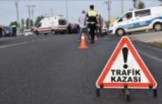 Diyarbakır-Bingöl kara yolunda minibüs devrildi