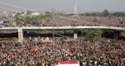 Görenleri dehşete düşüren görüntüler, 200 bin kişi toplandı