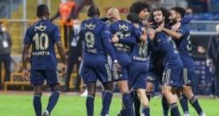 Mesut Özil'i alan Fenerbahçe'den dev stoper harekatı: 3 yıldız...