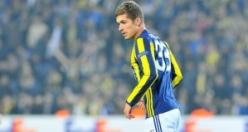 Fenerbahçe'de flaş gelişme! Yıldız futbolcu Başakşehir'e imzayı attı!