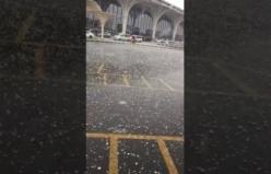 Mekke'ye dolu yağdı
