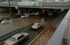 Medine'de sel baskını