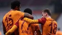 Galatasaray bombaları patlatıyor! 3 transfer birden
